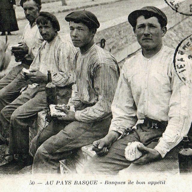 https://couteau-basque.com/wp-content/uploads/2021/10/basque-de-bon-apetit-2-640x640.jpg